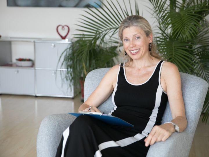 Partnervermittlung: Kathrin Grüneis bringt freie Herzen zusammen