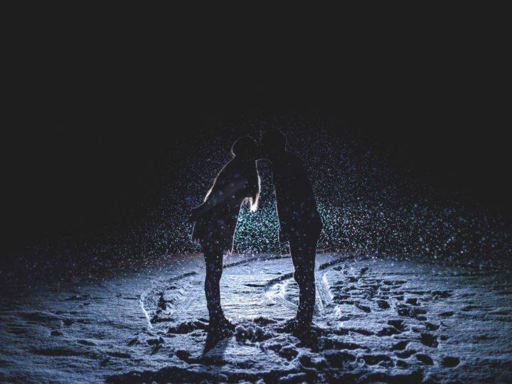10 romantische Dates für kalte Wintertage